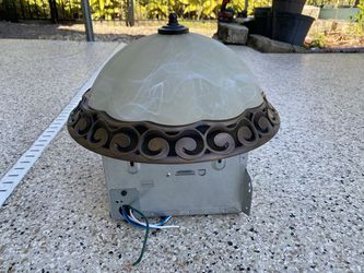 Broan 764RB Oil-Rubbed Bronze 80 CFM Fan Light for Sale in Orlando,  FL