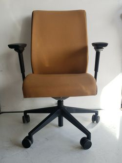 "New Arrival! Steelcase ""Think"" In Brown Is Now For Sale for Sale in Milwaukie,  OR"