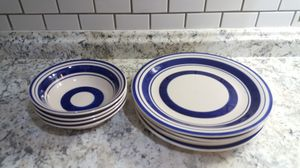 4 pcs dinner plates and 4 pcs bowls for Sale in Columbus, OH
