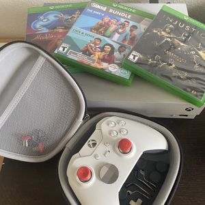 Taco Bell Limited Edition Xbox One X 1TB for Sale in El Cajon, CA