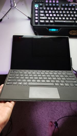 Microsoft Surface Pro 4 i5-6300U 2.4GHz for Sale in Los Alamitos, CA