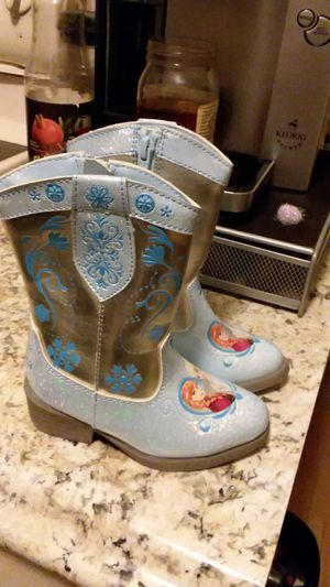 Girls boots size 6 new for Sale in Greece, NY