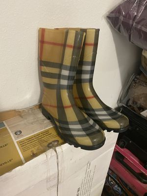 Burberry rain boots for Sale in Tampa, FL