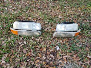 2002 chevrolet Silverado headlights for Sale in Kissimmee, FL