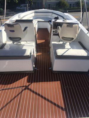 Chris Craft bowrider twin crusaders for Sale in Miami, FL