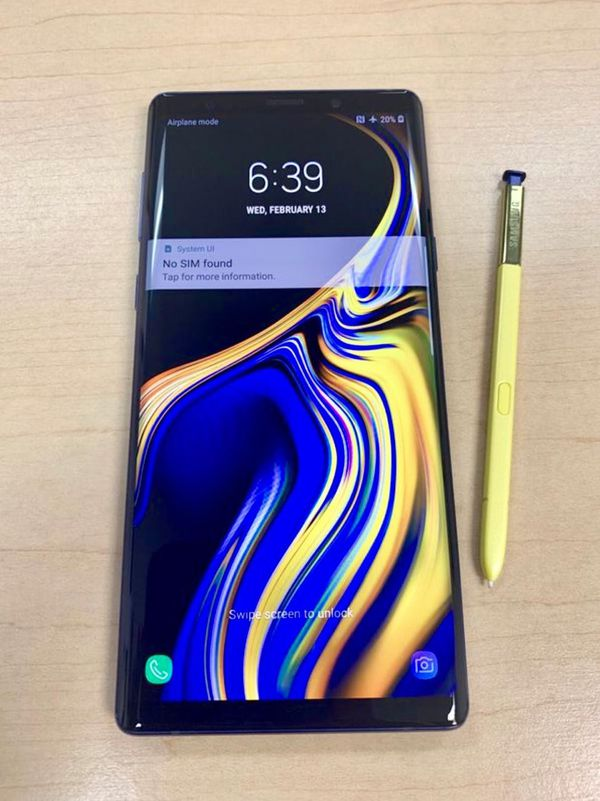 Samsung Galaxy Note 9 128GB Like New ( Unlocked for any carrier )