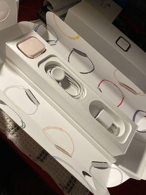 Apple Watch series 4 44m for Sale in Port Richey, FL