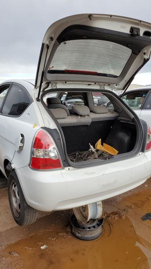 07 Hyundai Accent- Parting out only for Sale in Mesa, AZ