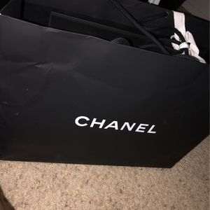 Authentic Brand New Chanel purse for Sale in Anaheim, CA