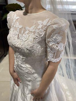 Gorgeous vintage wedding dress for Sale in SEATTLE, WA