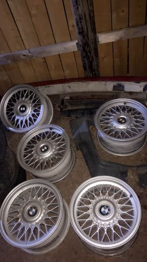 """Style 5 bmw wheels 16""""x8"""" for Sale in Hillsboro, OR"""