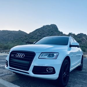 PERFECT 2015 Audi Q5 LOW MILES for Sale in Goodyear, AZ