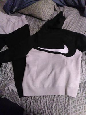 Nike jogger 2 piece for Sale in Racine, WI