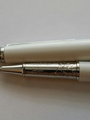 Meisterstuck mont rollerball pen white and silver for Sale in Beverly Hills, CA