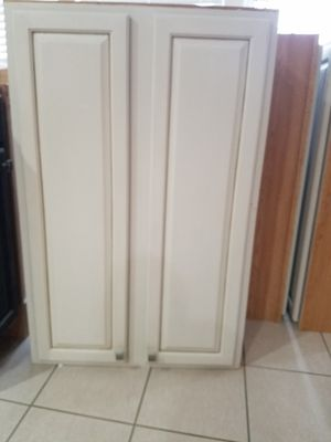 Kitchen cabinets for Sale in Leesburg, VA