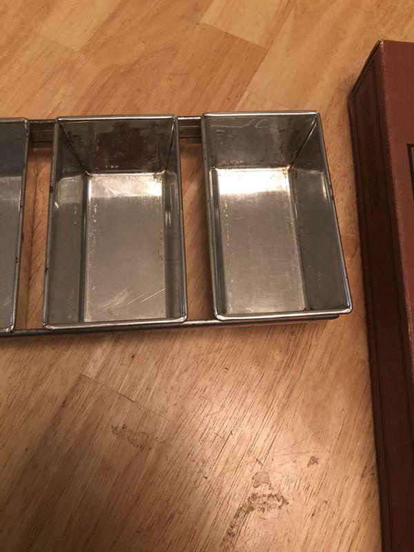 Village baker four pan mini loaf rack