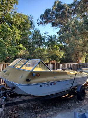 Vintage 16 foot tri-hull boat for Sale in Fairfield, CA