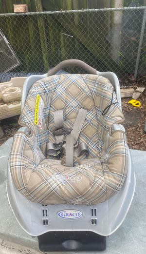 Baby car seat for Sale in Valrico, FL