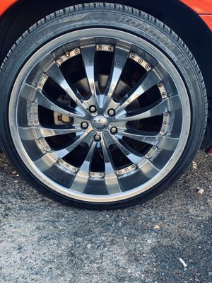 22 inch rims and tires for Sale in Los Angeles, CA