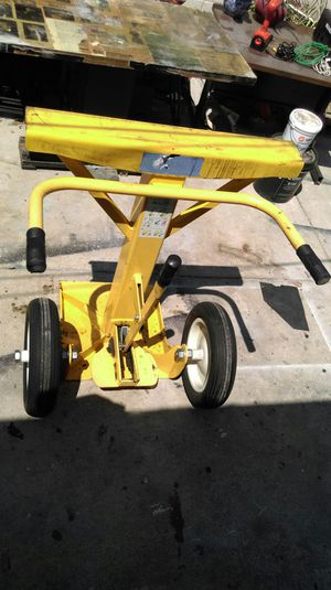 Stabilizing trailer Jack for Sale in Los Angeles, CA