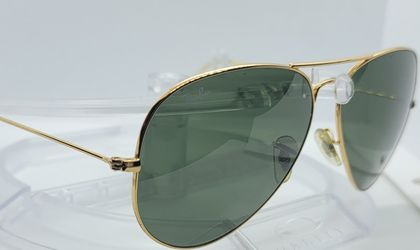 RayBan Gold Aviator Sunglasses for Sale in Ontario,  CA