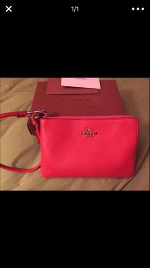 Leather Coach Wristlet ; Color:Orange for Sale in New York, NY