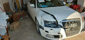 Audi A6( broken, crashed) for Sale in Chicago, IL