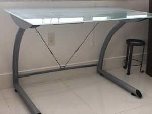 Glass desktop table for Sale in Miami, FL
