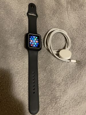 Apple iwatch Series 3 GPS 38 MM. Unlocked/Liberado for any service for Sale in Commerce City, CO