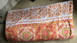 Jessica Simpson brand Full Size Reversible Comforter for Sale in Auburn, WA