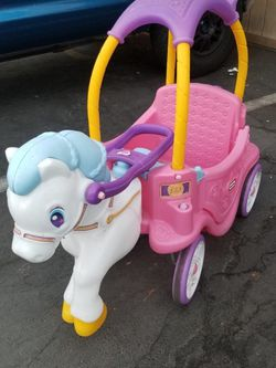 Princess carriage horse cozy coupe car for Sale in Fountain Valley,  CA