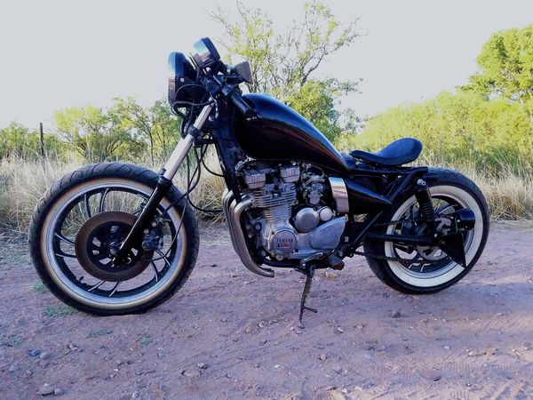 1981 Yamaha xj550 bobber for Sale in Sierra Vista, AZ - OfferUp