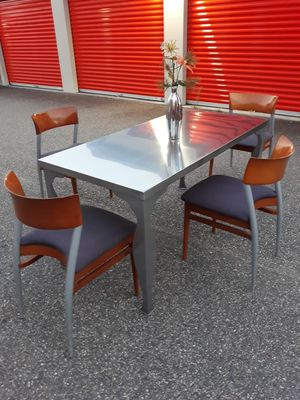 GORGEOUS, Stainless Steel Dining/Kitchen Table Set with 4 Ultra Contemporary Chairs for Sale in Hampton, VA