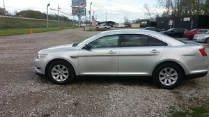 2011 ford taurus for Sale in Bexley, OH