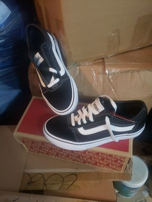 Van's sneaker kids for Sale in Cicero, IL