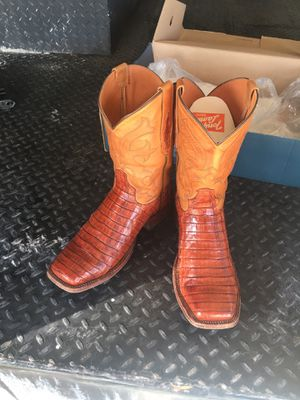 Boots for Sale in Stagecoach, TX