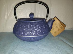 Tea pot castiron for Sale in Charlotte, MI