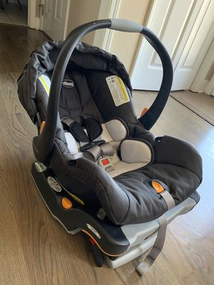 Chicco KeyFit 30 Infant Car Seat for Sale in Maryville, TN