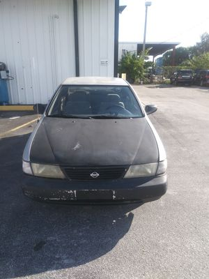 1997 nissan sentra runs great call me {contact info removed} Ron carguy for Sale in Tampa, FL