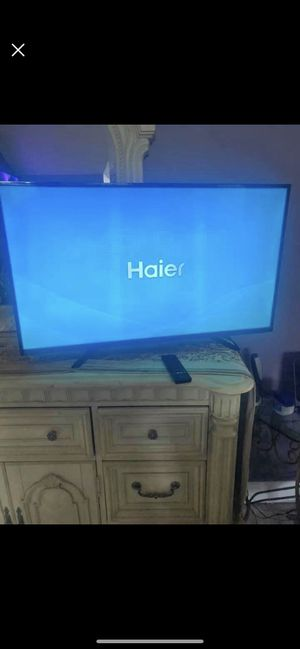 2 LEFT 40-inch $ 200 smart TV delivered to PA NJ DE and now to MD. you should get as soon as possible three available must get today for Sale in Philadelphia, PA