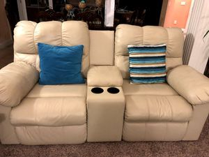 Leather couch set for Sale in Bloomington, IL