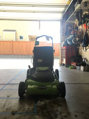 GreenWorks 20-Inch 12 Amp Corded Electric Lawn Mower for Sale in Mill Creek, WA