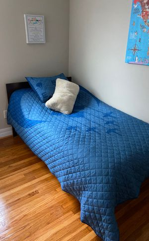 Twin size bed frame for Sale in Philadelphia, PA