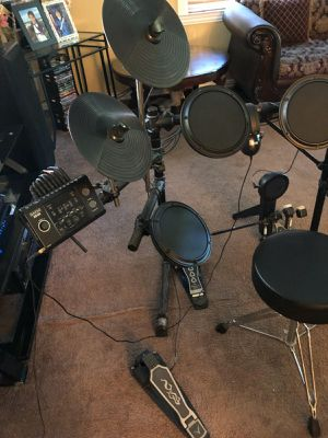 SIMMONS SD5K Electric Drum Set for Sale in Houston, TX