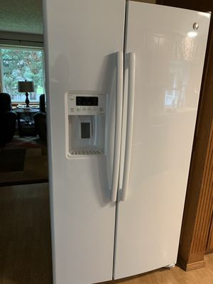GE refrigerator- New for Sale in Oregon City, OR