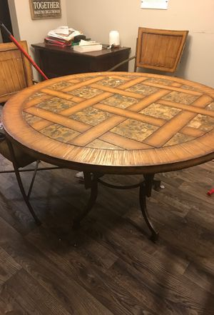 Dining room table with 4 Chairs for Sale in Lexington, KY
