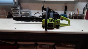 "Poulan super clean 16 "" chain saw with case for Sale in Dallas, GA"