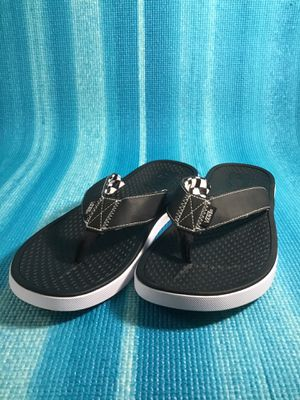 Vans flip flop size 11 for Sale in Miami, FL