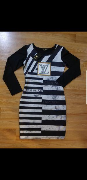 Dress for Sale in UPPER ARLNGTN, OH