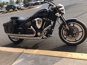 Motorcycle yamaha road star 1700 cc 2006 for Sale in Ashburn, VA